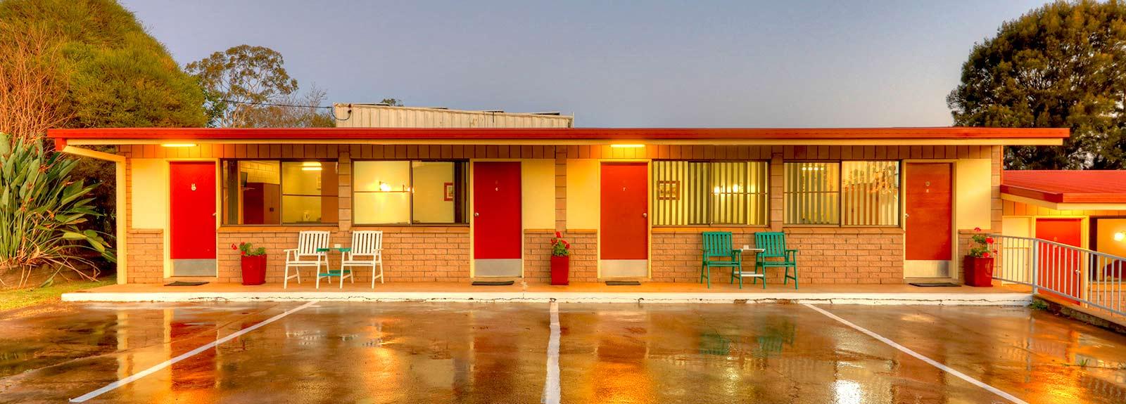 Murgon city motor inn motel accommodation in murgon qld for Civic centre motor inn
